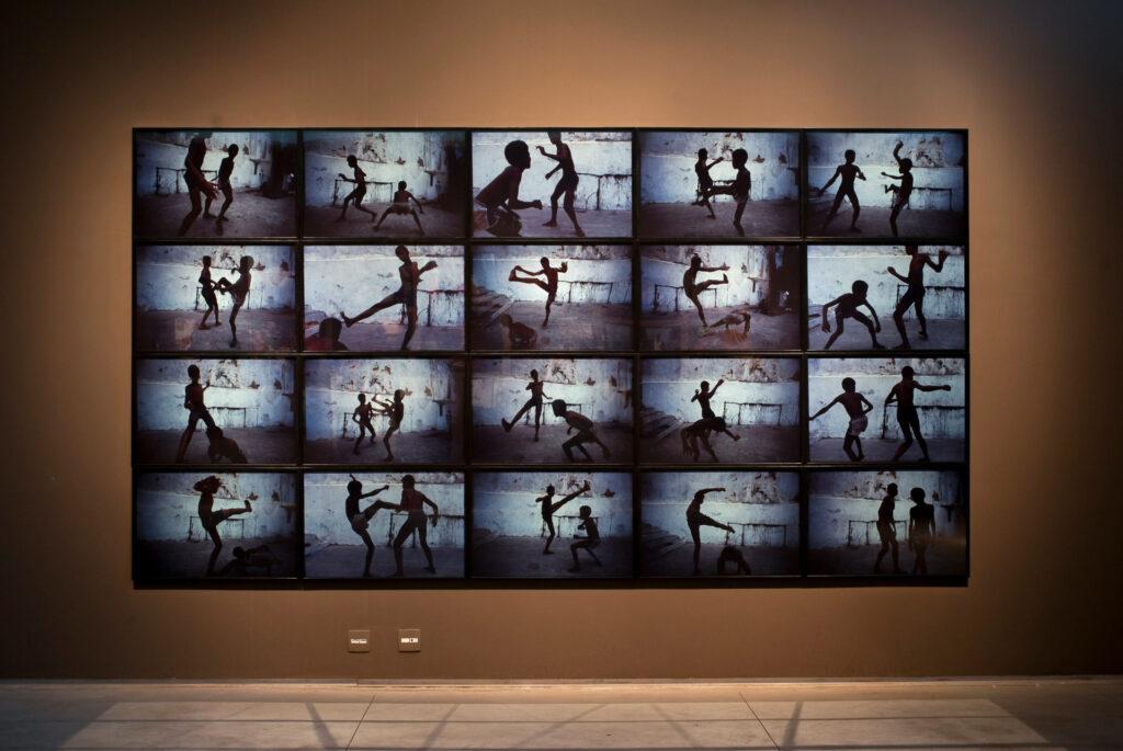 O Blue Tango, 1984, de Miguel Rio Branco. Acervo de arte contemporânea Inhotim