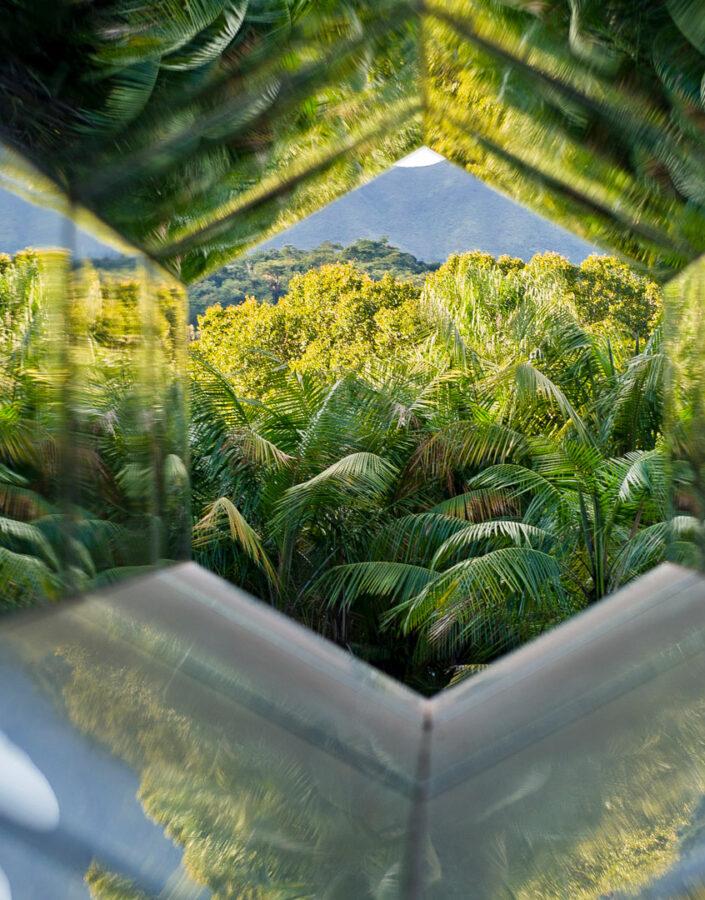 Olafur Eliasson, Viewing Machine, 2001, Inhotim