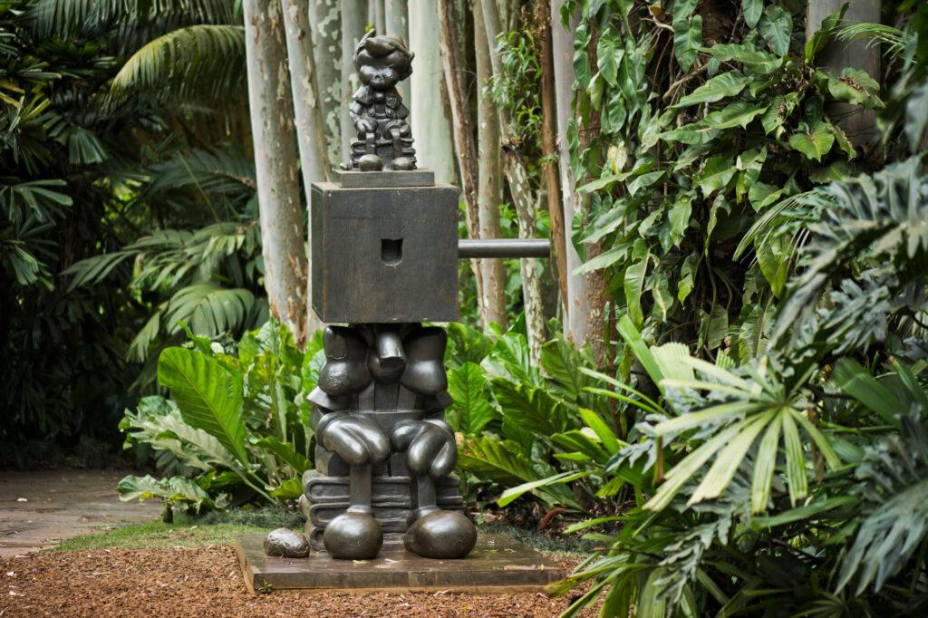 Pinocchio Block Head, 2001 de Paul McCarthy. Acervo de arte contemporânea Inhotim