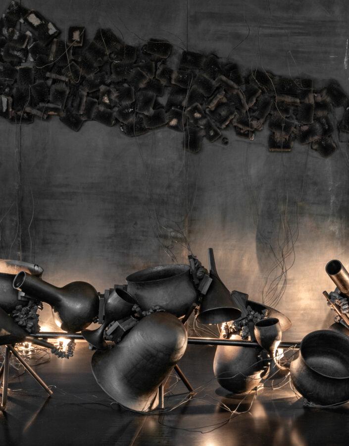 Obra sem título, 2001, de Tunga. Acervo de arte contemporânea Inhotim